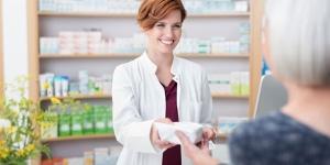 ¿Cuál es la tarea de un auxiliar de farmacia?